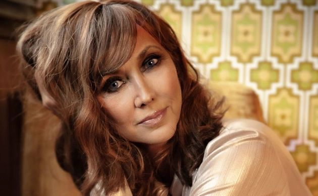 Pam Tillis releases new music and it's awesome