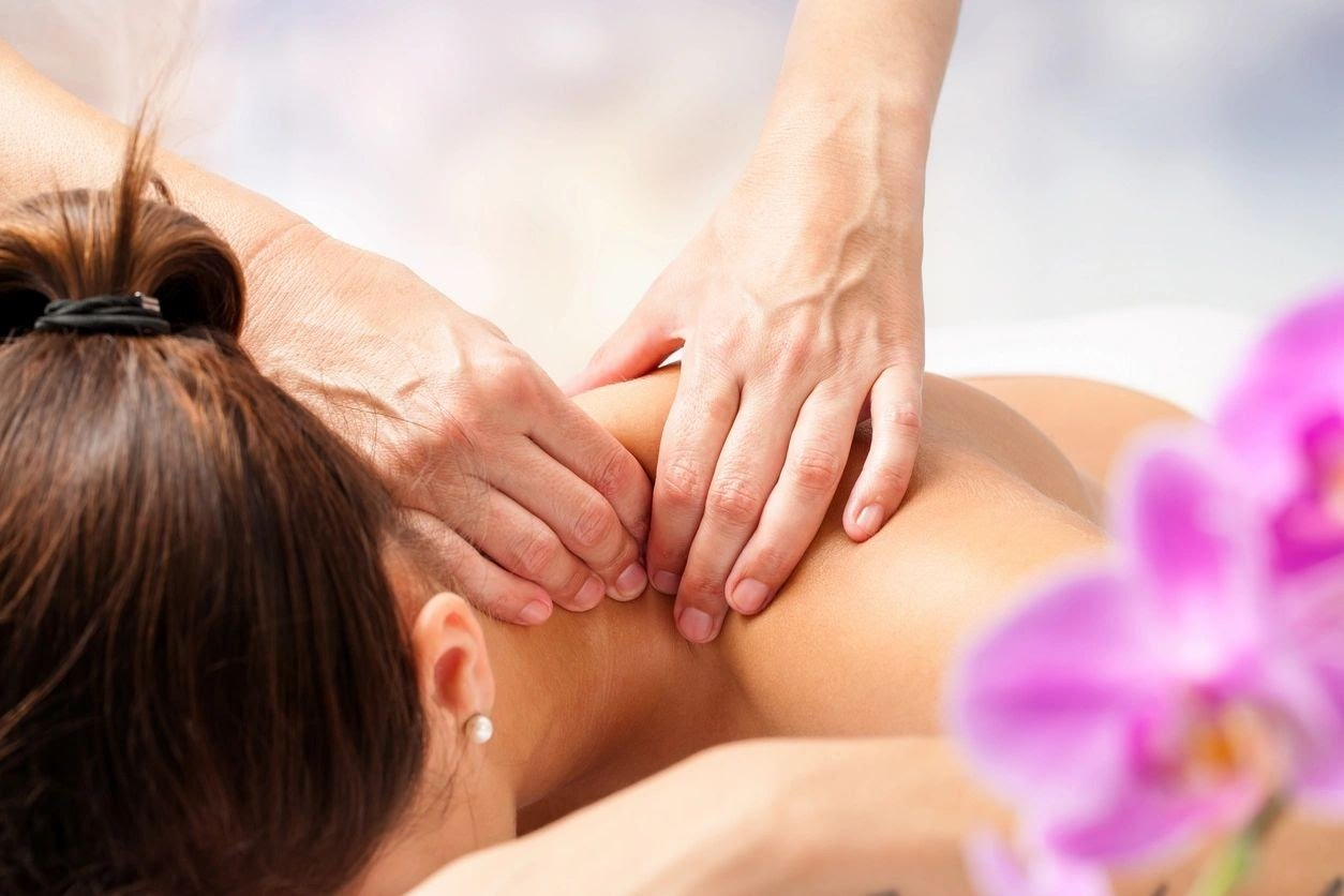 benefits of massage therapy include relieving neck tension