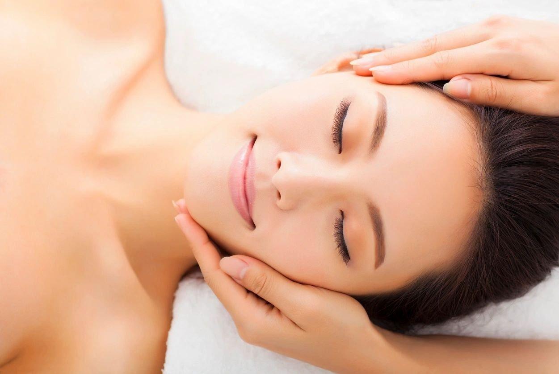 regular massage therapy helps relieve migraines