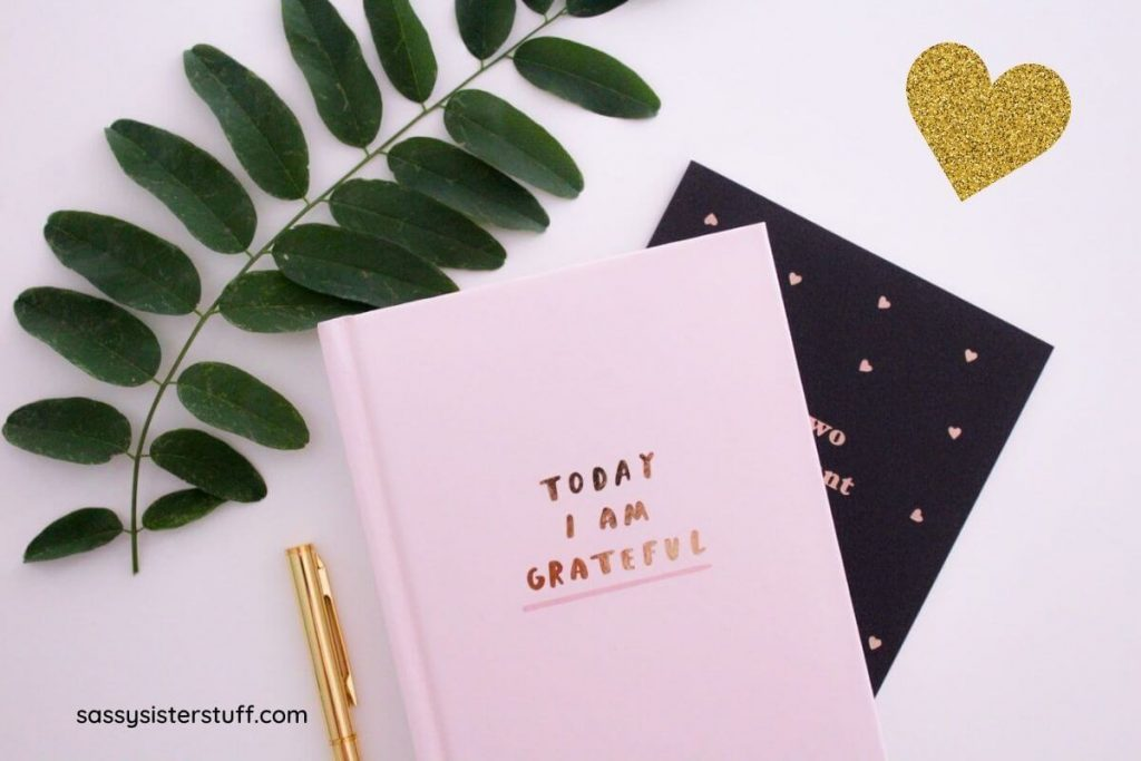 pink today I am grateful journal with greenery and a gold heart